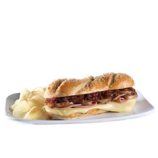 pan con mayonesa al pesto, mostaza y más