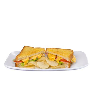 pan con jamón y queso kraft y tomate